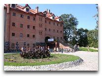 отель Zamek Ryn: Замок - вход в отель