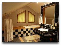 дом отдыха Зарен: Ванная в коттедже