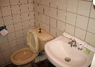 отель Zhetysu: Ванная комната