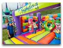 отель Zirve Hotel: Детская площадка летом