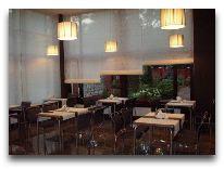 отель ZS Club: Ресторан