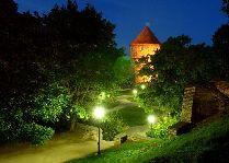Эстония: общая информация, фото: Таллинн вечером