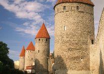 Эстония: общая информация, фото: Крепостная стена