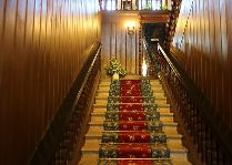 Замок Алатскиви: Лестница