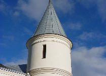Замок Алатскиви: Круглая башня замка
