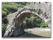 Достопримечательности Алаверди: Санаинский мост