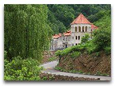 Дилижан. Общая информация: Территория при монастыре Агарцин