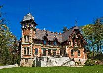 Дворец Dębowy в Karpnikach