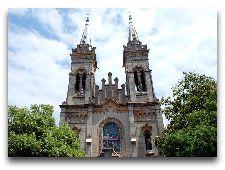 Достопримечательности Батуми: Храм святых Нино и Андрея