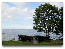 Достопримечательности Лахемаа: Лодка у морского музея Кясму