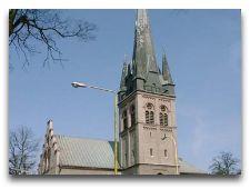 Достопримечательности города: Костел Христа Спасителя