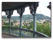 Достопримечательности Тбилиси: Вид с балкона дворца Сачино