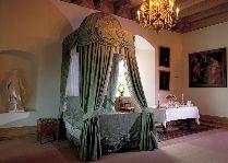 Замок Эгесков: Спальня