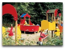 Замок Эгесков: Детская площадка
