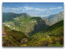 Достопримечательности Гориса: Монастырь Татев