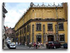 Музеи Кракова: Дворец Чарторыйских