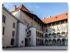Достопримечательности Кракова: Королевский замок Вавель внутений дворик