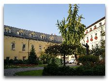Достопримечательности Кракова: Дворец Епископа