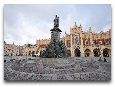 Достопримечательности Кракова: Памятник Адаму Мицкевичу