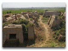 Достопримечательности Курган-Тюбе: Буддийский монастырь Аджина-Тепе