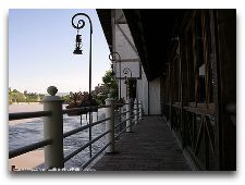 Ресторан Мельница (TSISKVILI): Вид со стороны реки