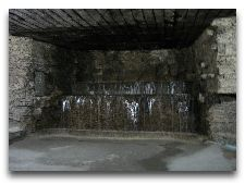 Милештий Мичь: Подземный водопад