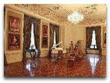 Мирский замок: Зал в замке