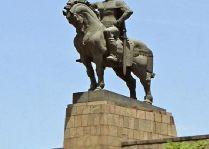 Памятник Вахтангу Горгосали