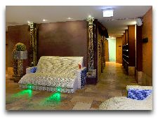 Сауна-центр: Теплые диваны в СПА центре