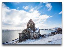Достопримечательности Севана: Монастырь Севанаванк зимой