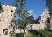 Сигулдский средневековый закмок