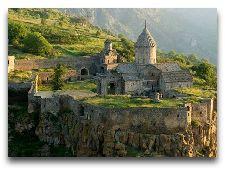 Сисиан. Общая информация: монастырь-татев