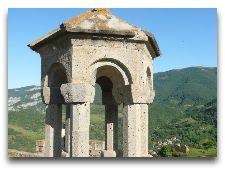 Окрестности города Сисиана Монастырь Татев: Татев Монастырь