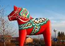 Tomteland -деревня Шведского Санта Клауса: Даларнские лошадки