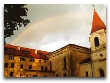 Достопримечательности Тракая: Доминиканский монастырь в Аукштадварисе