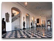 Замок Вальдемарс: Вестибюль