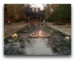 Алматы: Вечный огонь в парке 28 Пнфиловцам