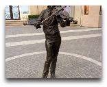 Баку: Скульптура Скрипача