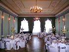 Замок Бирини: зал второго этажа
