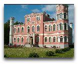 Замок Бирини: Замок Бирини весной
