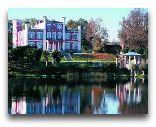 Замок Бирини: Замок Бирини осенью