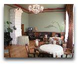 Замок Бирини: кофейный зал