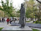 Ереван: Памятник Вильям Сароян