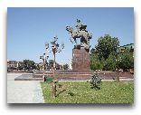 Фергана: Памятник Бабуру