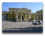 Гори: Железнодорожный вокзал