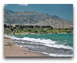 Иссык-Куль: озеро и горы
