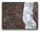 Замок Кальви: Скульптуры в Кальви