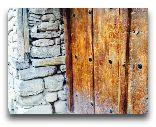 Лагич: Входные двери во двор дома