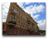 Одесса: Дом-стена