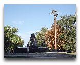 Одесса: Памятник атаману Головатому